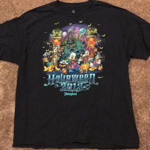 Disney Haunted Mansion Glow in dark T-shirt